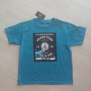 VOLCOM boys shirt with graphics